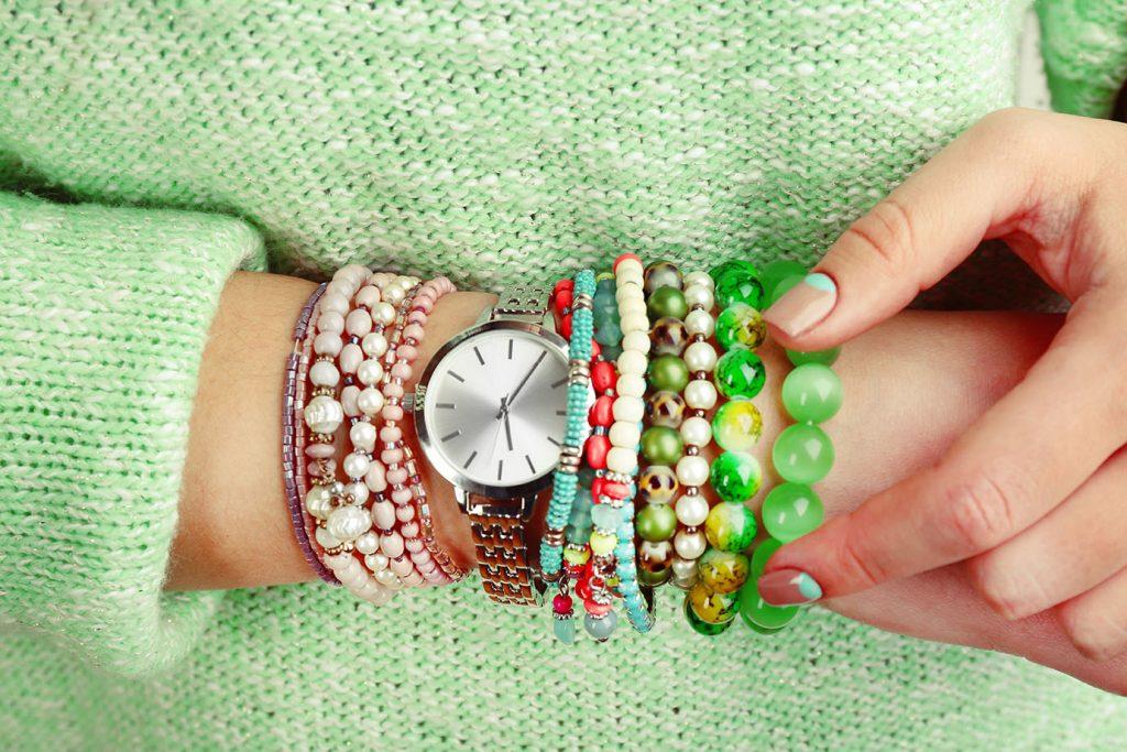 Benefits of Wearing Gemstones | Stone Design Bracelet